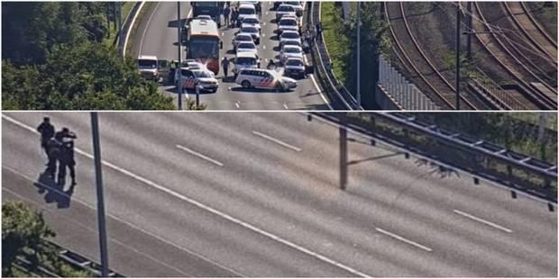 Panique aux Pays-Bas: un homme a été tenu en respect par les unités spéciales sur l'autoroute - La DH