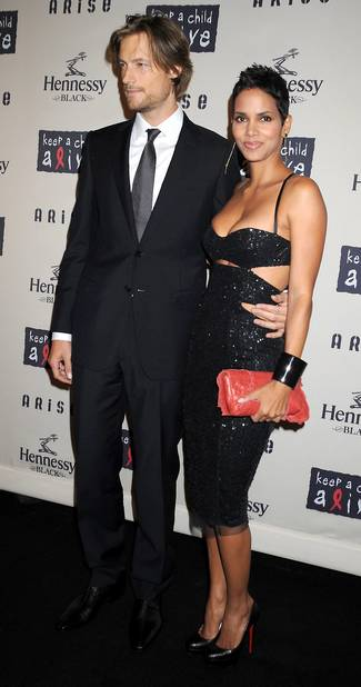 2009 (avec Gabriel Aubry, compagnon de l'époque et père de sa fille)