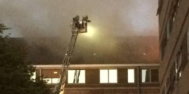Gros incendie à l'hôpital de Warquignies, 5 étages évacués ! (VIDEO) - La DH