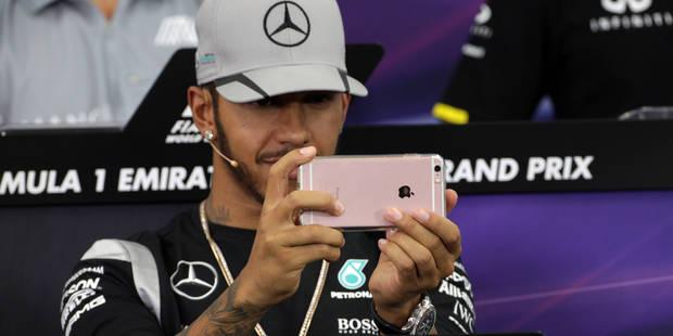 Lewis Hamilton se moque des médias - La DH