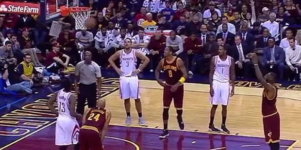LeBron James loupe complètement un lancer franc ! (VIDEO) - La DH
