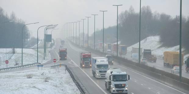 Neige: phase de vigilance renforcée sur les routes des provinces de Liège et Luxembourg - La DH