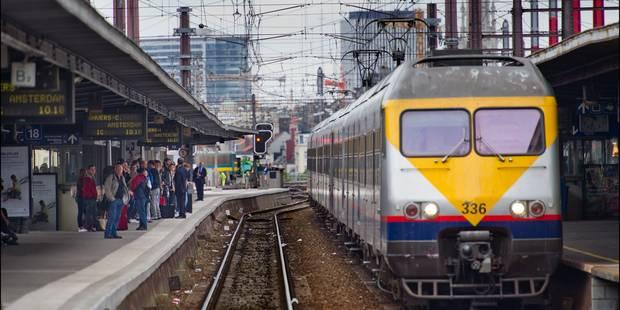 Un train brûle un feu rouge et crée des retards ce matin à Bruxelles - La DH