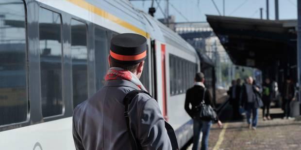 Des retards sur la ligne de train Bruxelles-Termonde à cause d'un... vélo - La DH