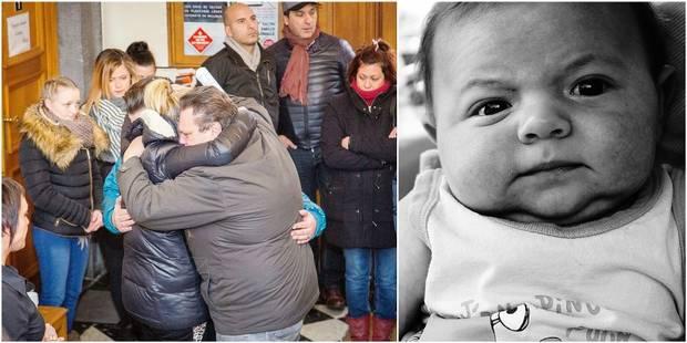 """La maman du petit Alessio témoigne: """"La seule chose qui puisse encore me faire tenir le coup, c'est de le savoir dans le..."""
