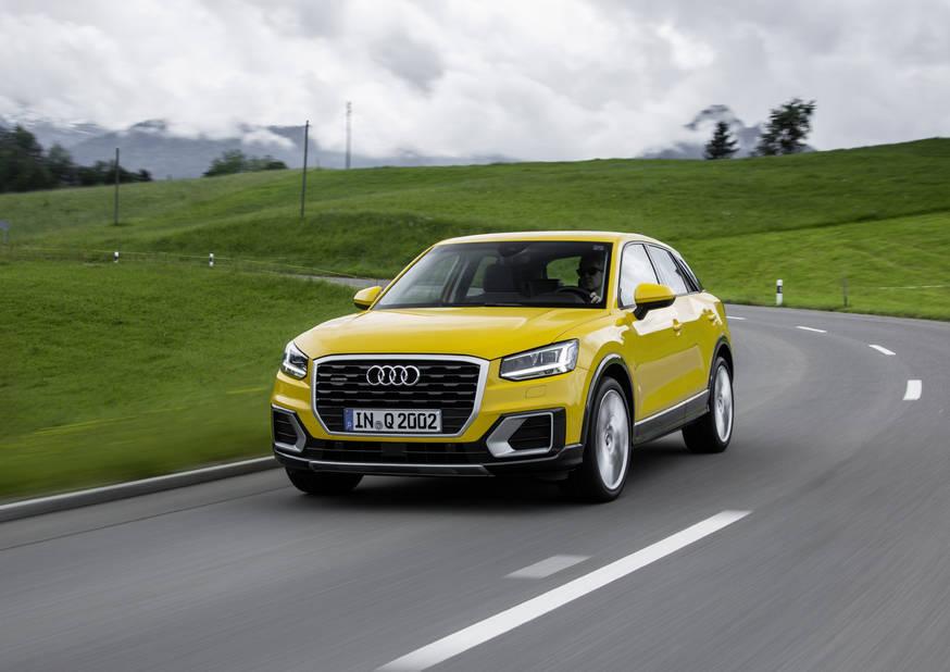 Audi  Audi présentera au palais 11 quelque 22 véhicules arborant les quatre anneaux. Les vedettes incontestables seront la nouvelle famille A5, le petit Q2 et le nouveau Q5 (plus musclé mais plus svelte!), présent pour la première fois sur un Salon en Belgique. Sans oublier l'A4 Avant g-tron (au gaz naturel donc), qui vient s'ajouter à l'A3 g-tron déjà existante.