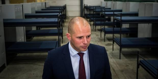 L'avocat de la Cour de Justice européenne a tranché: Theo Francken devra délivrer un visa humanitaire à la famille syrie...