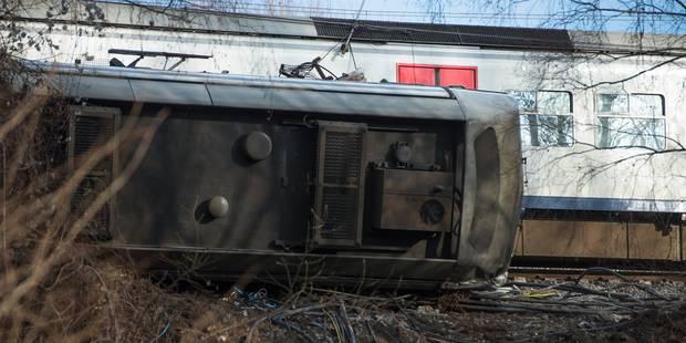 Un train déraille près de la gare de Louvain : un mort, 27 blessés dont 3 graves (PHOTOS + VIDEO) - La DH