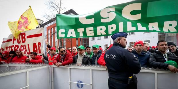 Fermeture Caterpillar Gosselies : la direction et les syndicats ont conclu un pré-accord - La DH