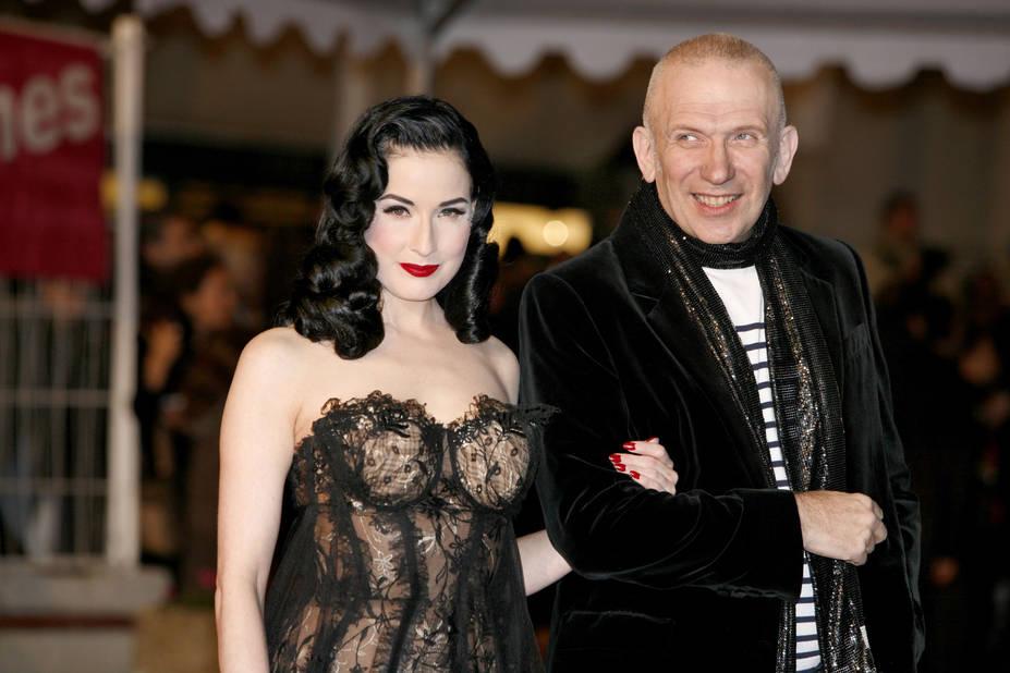 En 2010 au bras de Jean-Paul Gaultier