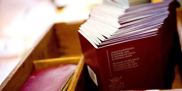Gaffe à Bruxelles: Le vendeur de faux passeports libéré par erreur! - La DH