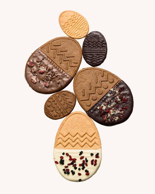 Les biscuits de Pâques  Dandoy, c'est décidé, on les avale tout rond ou plutôt tout ovale.      Entre 7.50 et 12 €.