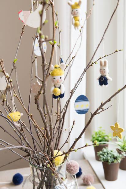 Chez  Dille & Kamille, tout pour décorer la table et la maison pour Pâques, trop mignon.      Apd 0.95€