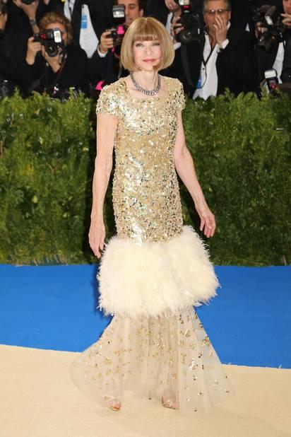 Anna Wintour uber-chic en Chanel