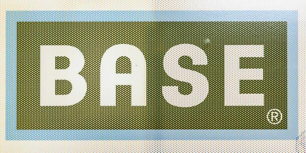 Les clients de BASE peuvent à nouveau surfer sur internet - La DH