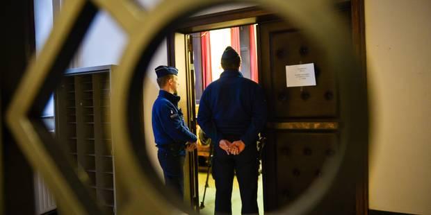 Grâce-Hollogne: Un multirécidiviste condamné à 6 ans de prison pour avoir poignardé un père devant son fils de 5 ans - L...
