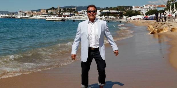 Les échos de Cannes : Ratajkowski se dénude, Schwarzenegger prend l'eau - La DH