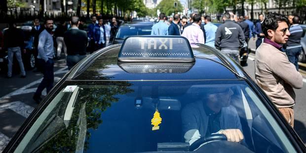 Le secteur des taxis auditionné au parlement bruxellois - La DH