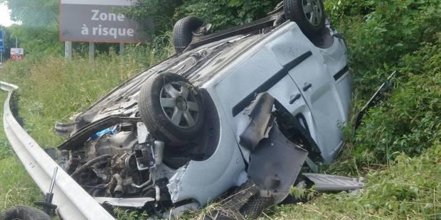 Petit-Roeulx-lez-Nivelles: le conducteur d'une camionnette se tue sur l'A54 - La DH