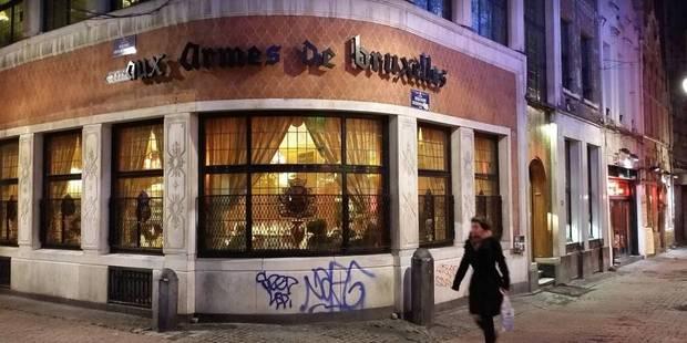 """Le personnel de la brasserie """"Aux armes de Bruxelles"""" est entré en grève - La DH"""