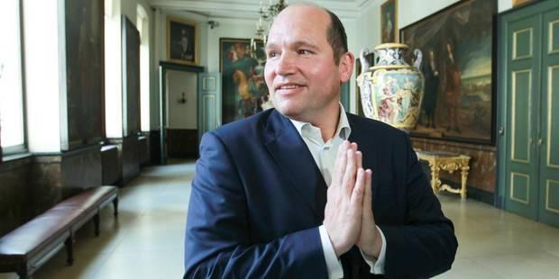 Philippe Close ne sera pas bourgmestre avant la rentrée - La DH