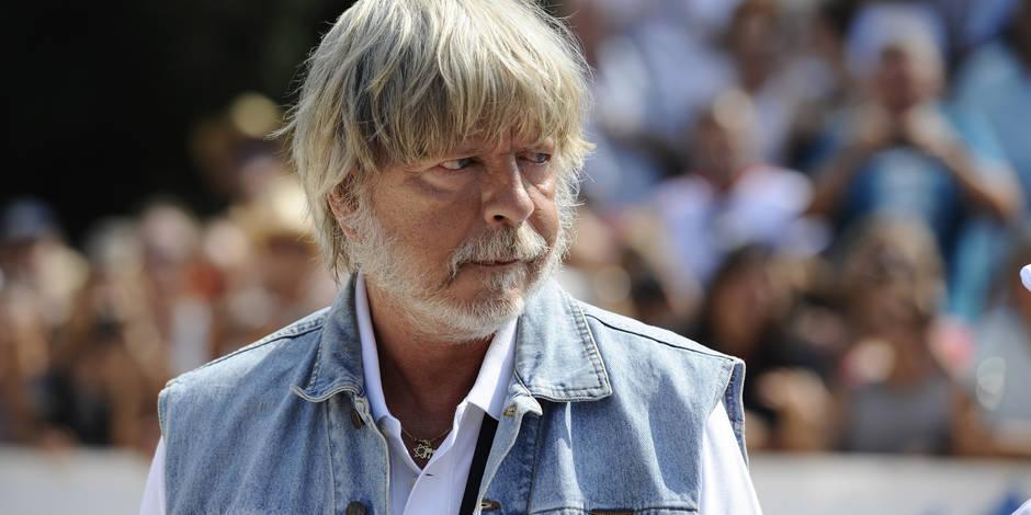 Favori Renaud divise le public de Nîmes à cause de son nouveau tatouage  HR76