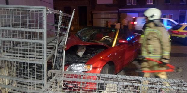 Un cabriolet percute des bonbonnes de gaz à Gilly - La DH