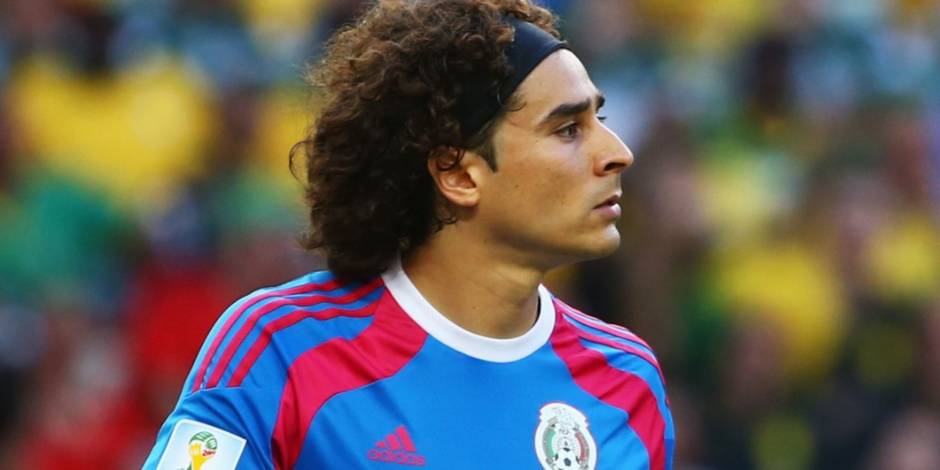 Guillermo Ochoa rejoint le Standard (officiel)
