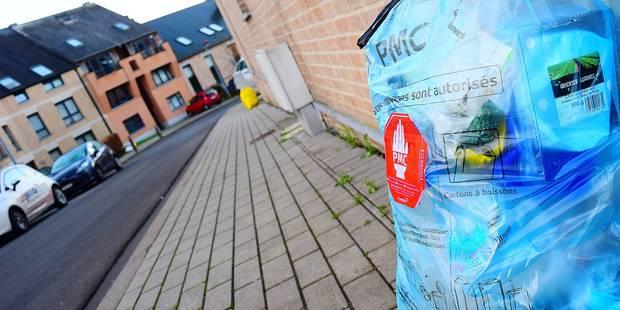 Namur: le sac poubelle jaune désormais vendu à la pièce - La DH