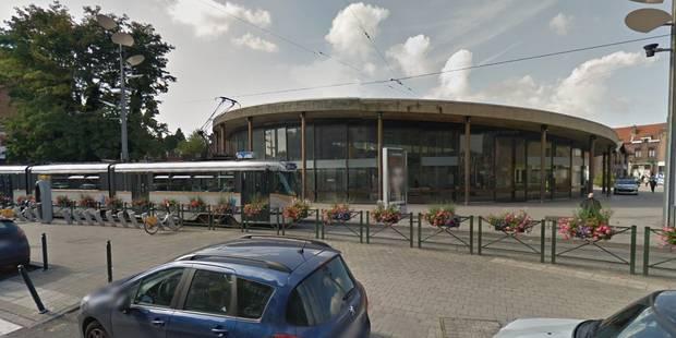 Chute mortelle à la station de métro Saint-Guidon: pas d'intervention d'un tiers - La DH