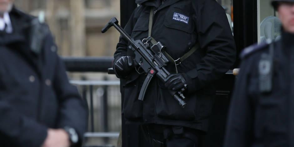 Grande-Bretagne : des militaires parmi les 4 néo-nazis présumés arrêtés mardi