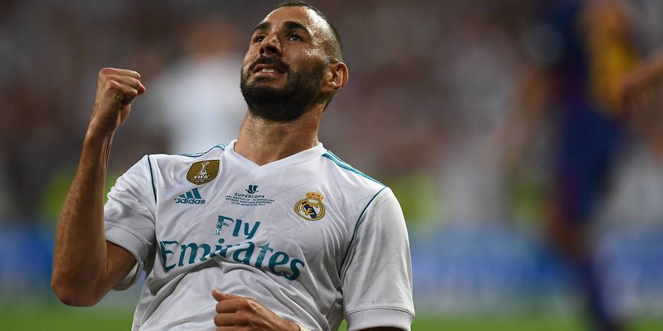 Une clause d'un milliard d'euros pour Benzema — Real Madrid