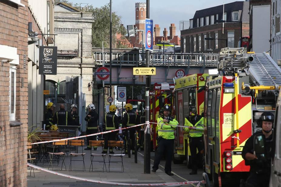 Londres : une explosion fait plusieurs blessés dans le métro