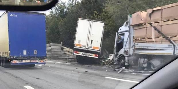 Une collision entre deux camions provoque des embarras de circulation à Alleur - La DH