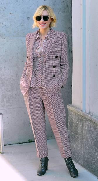 Cate Blanchett chez Armani