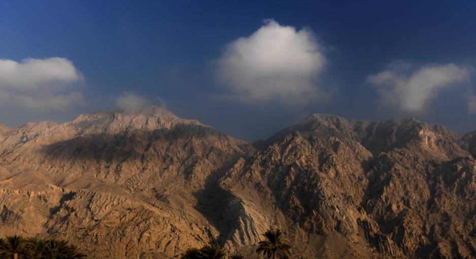 La majestueuse montagne Jebel Jais.