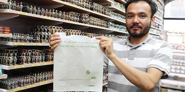 Les sacs plastiques se font déjà plus discrets dans les commerces bruxellois - La DH