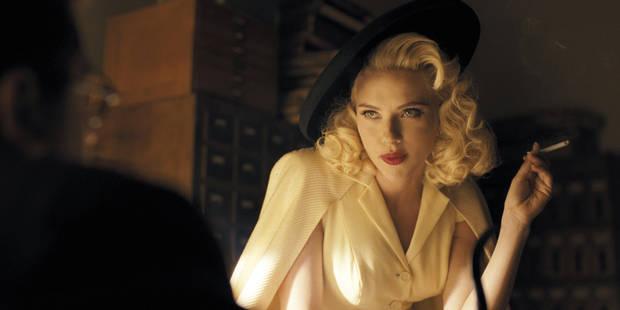 Scarlett Johansson découvre le passé tragique de sa famille dans le ghetto de Varsovie et fond en larmes - La DH