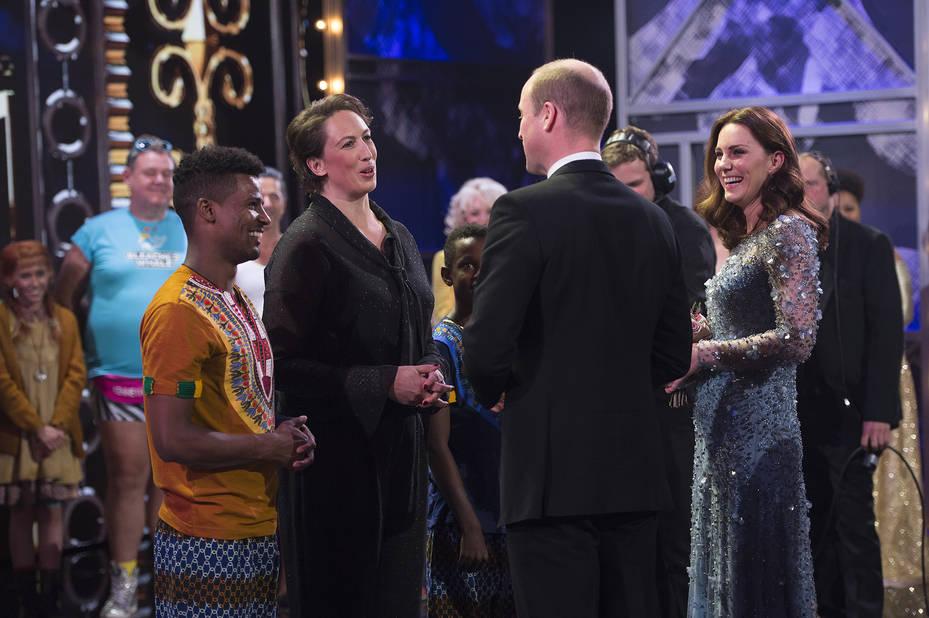 Nouvelle sortie pour Kate Middleton qui laisse entrevoir son baby bump