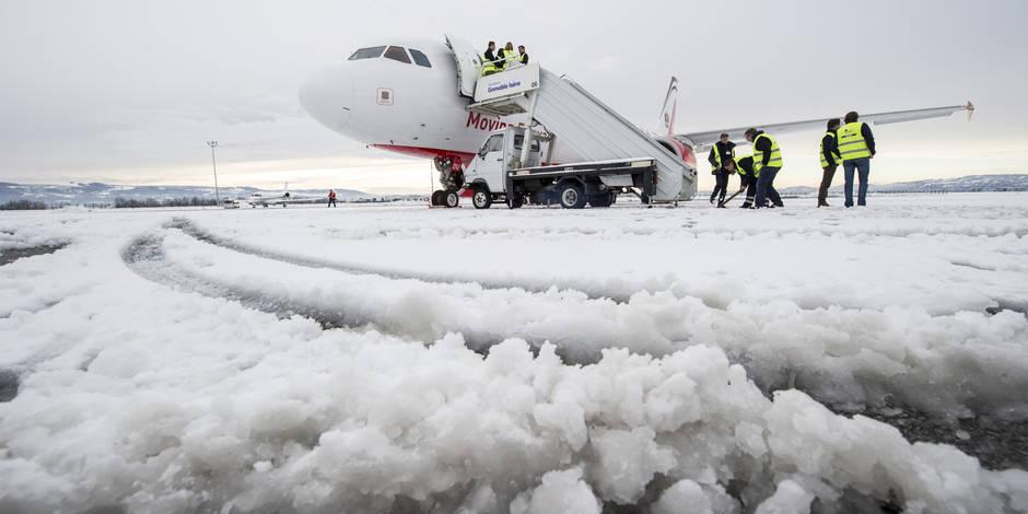 80 vols annulés à l'aéroport de Bruxelles — Neige