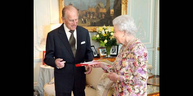 L'époux de la reine hospitalisé à Londres - La DH