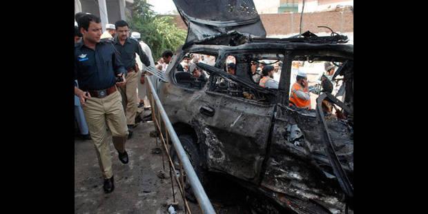 Pakistan : 16 enfants morts dans l'embrasement d'un car scolaire - La DH