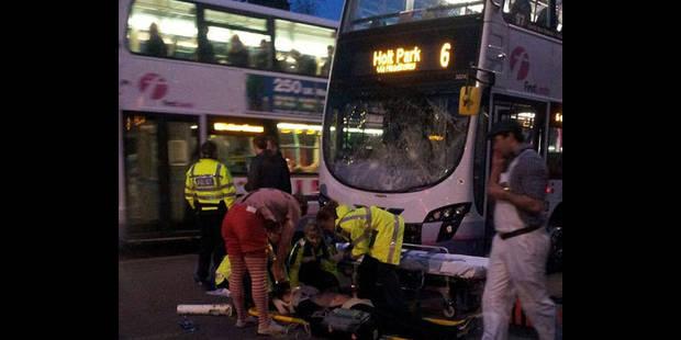 Un rugbyman renversé par un bus - La DH