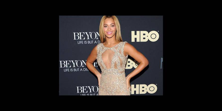Beyoncé : les femmes peuvent être sexy et intelligentes !