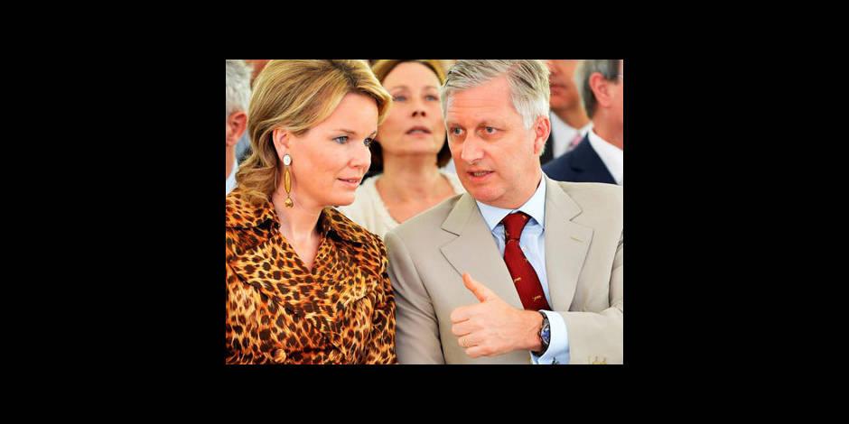 """Prince Philippe: l'abdication """"est une décision personnelle du Roi"""""""