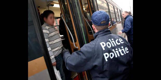 Large opération de contrôle dans les transports en commun bruxellois - La DH