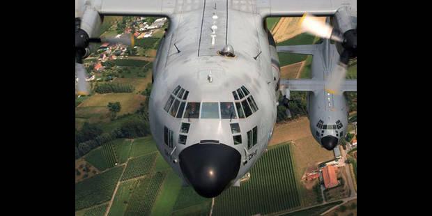 Un mois de plus pour les avions belges au Mali? - La DH