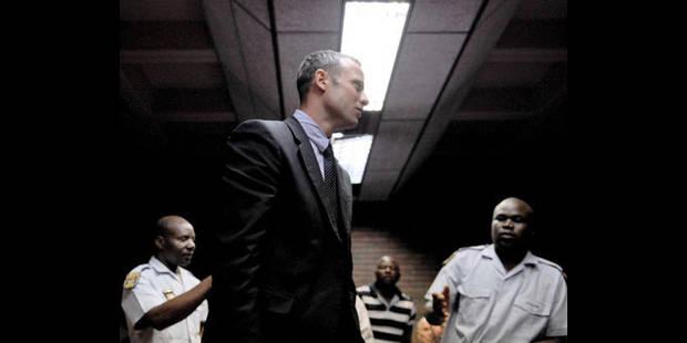 Pistorius nie fermement les accusations de meurtre - La DH