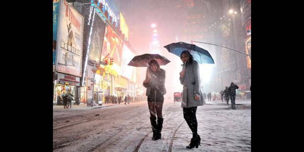 Blizzard dans le nord-est des Etats-Unis: 2 morts et des transports perturbés - La DH