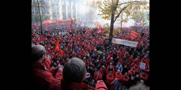 """""""Jeudi rouge"""" le 21/02: Manifestation en front commun - La DH"""